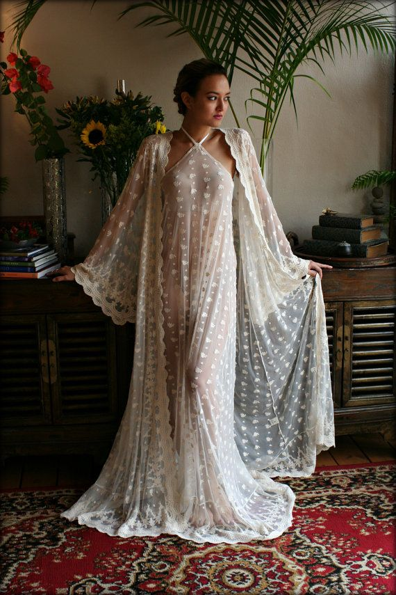 Reign Collection Bridal Robe Embroidered French by SarafinaDreams