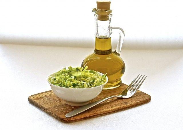Салат капустный с огурцом
