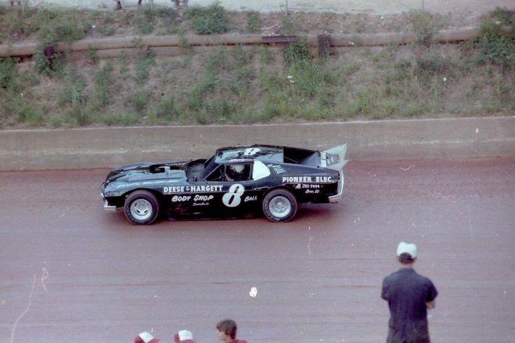 Vintage Dirt Race Cars 16