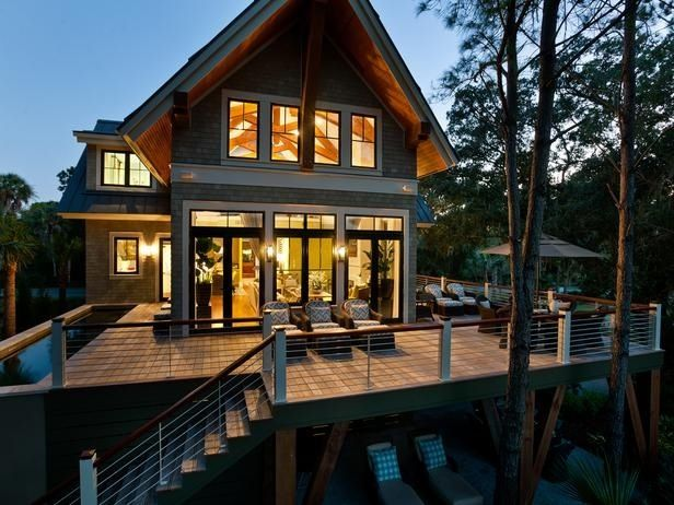 25 best ideas about small lake houses on pinterest for Lake view home designs