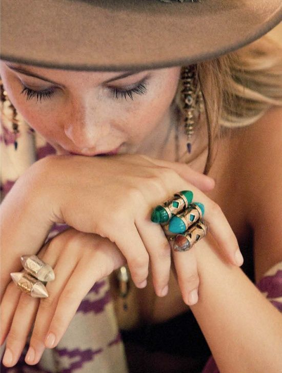 Love those rings. #hippie #masa #fashion