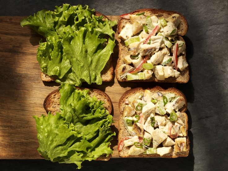 This #healthy, mayo-free Hummus Chicken Salad recipe is perfect for summer picnics: http://www.parents.com/blogs/goodyblog/2011/06/a-new-spin-on-summer-snacks-2/?socsrc=pmmpin130521qemHummusChickenSalad