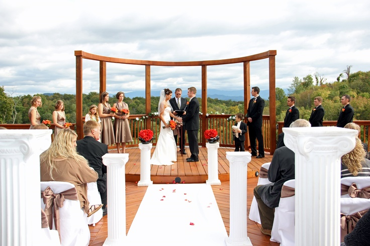 Are Your Wanting A Gatlinburg TN Wedding Or Reception Location Pigeon Forge Flower Mountai