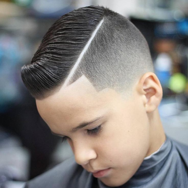 Hard part haircut can transform the dullest hairstyle and make it look trendy and classy. The best thing is that it is just a plain and simple shaved line.