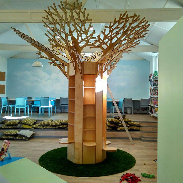 A tree bookcase for Zonnebloem School, Cape Town.