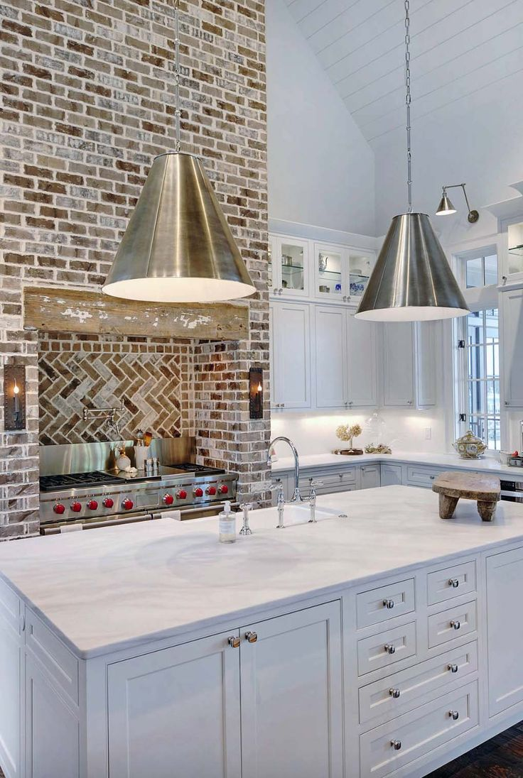 Cosmo condo kitchen showroom paris kitchens toronto - Bayfront Residence In Florida Tastefully Decorated With Natural Light