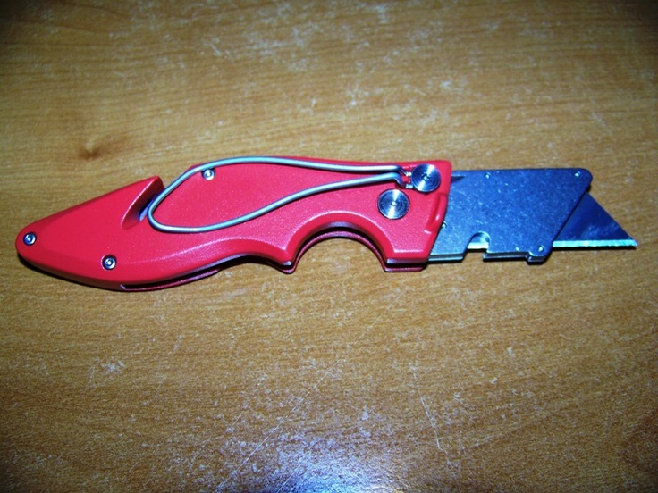Milwaukee Fastback Knife