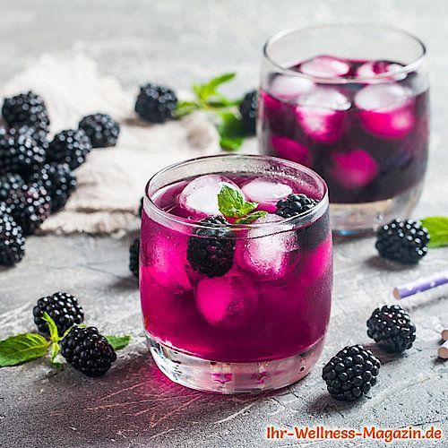 Brombeer-Limonade selber machen – Low Carb & ohne Zucker