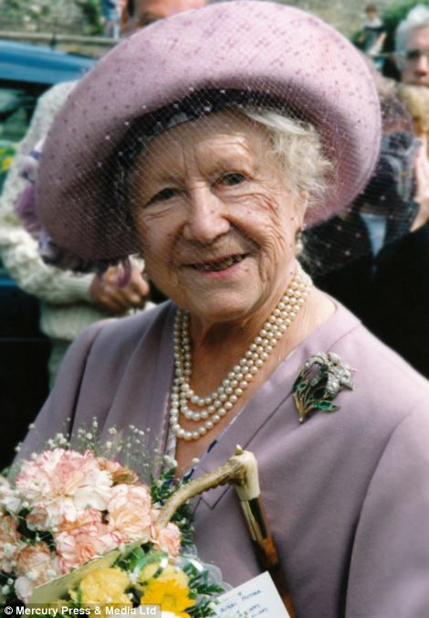 The Queen Mother, photographed by Colin Edwards... http ...