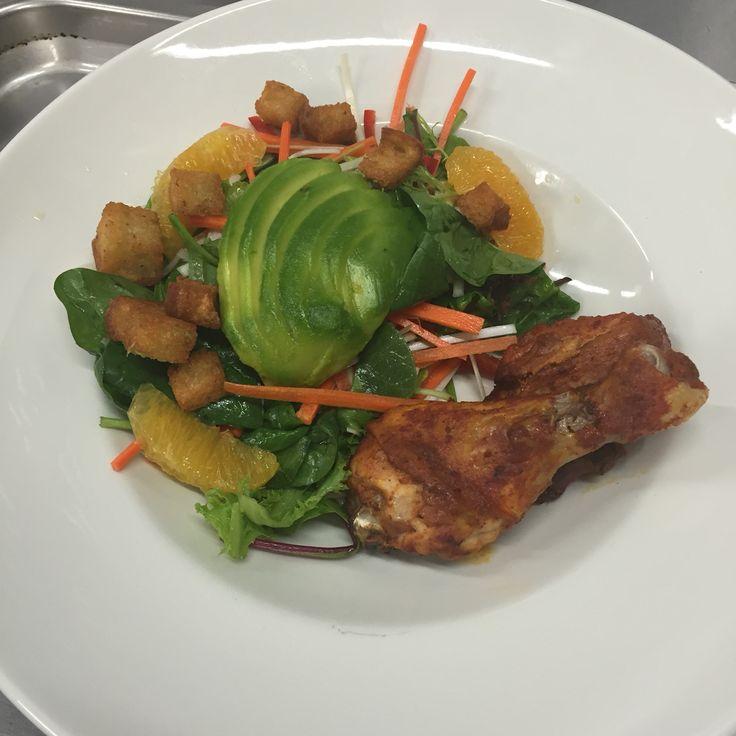 Chicken Tandoori and Avocado Salad