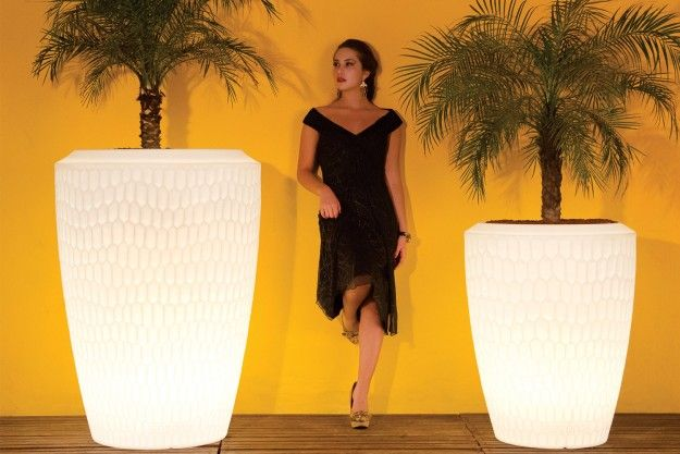 Chiara  modern indoor & outdoor planters add a contemporary accent as they illuminate from within and create an awesome glow around them. Available at IDUS Furniture Store, New Delhi, India.