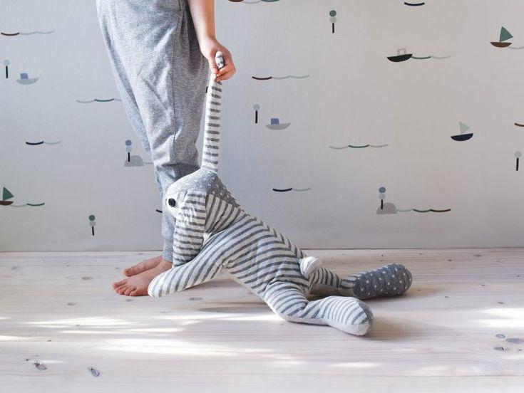 Für Kinder nähen: Anleitung für einen Schmusehasen