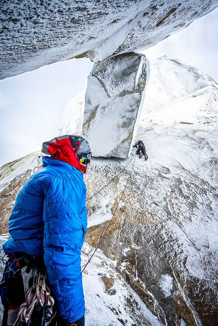 Cold days on the climb - Stephan Siegrist: Cerro Stanhardt by mammutphoto