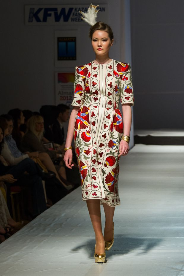 kazakhstan fashion week - fall 2012 - aya bapani