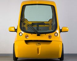 C-1 'rolling smartphone' electric vehicle | designboom