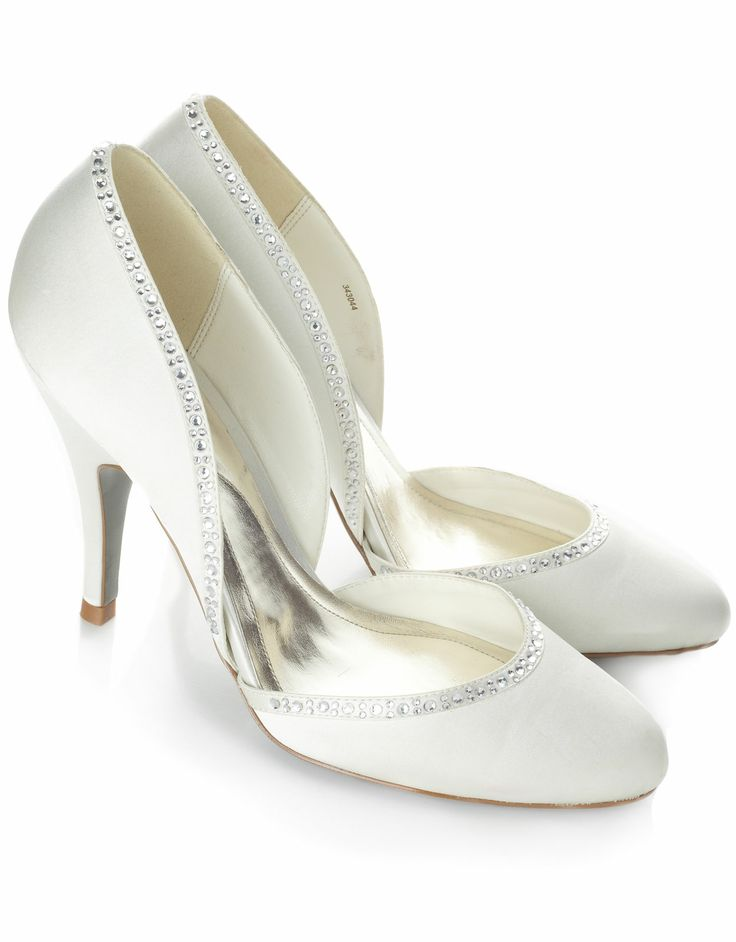 Costa Rica Shoe 3430444636 12200 An Elegant Shaped Bridal With A Diamante Detailing Around The