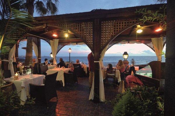 Restaurant La Torre del Mirador, Adeje . Such a beautiful location