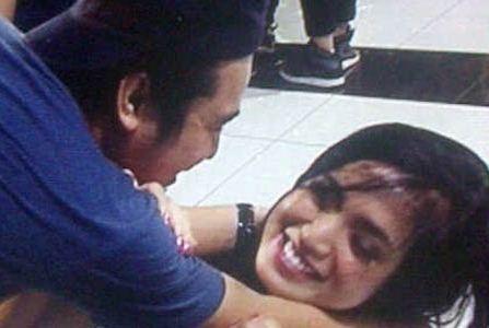 SelebNews.com - Lihat koleksi foto selebriti terbaru dari SelebNews!: HOT: Jessica Iskandar - Olga Syahputra Akan Segera Menikah?