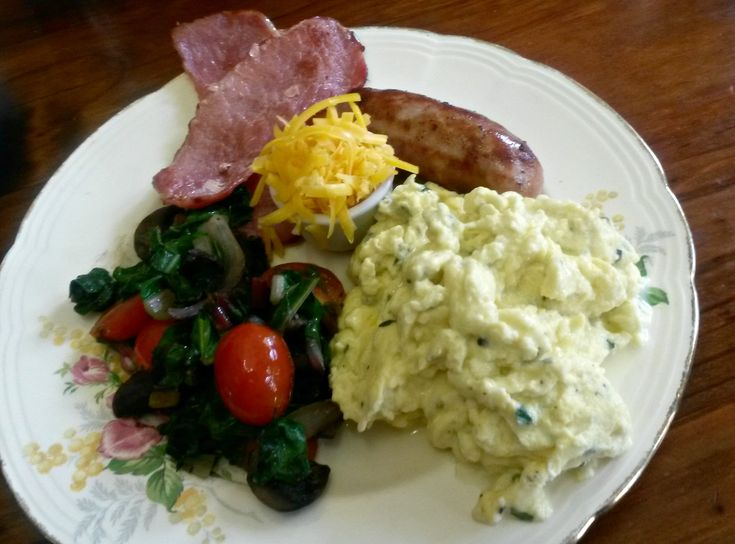 "The excellent menu had items we were not wanting to include in our meal - Dee made ""a plan"" that allowed us to enjoy their excellent cuisine in the style we choose to enjoy. The Farmhouse Breakfast..."