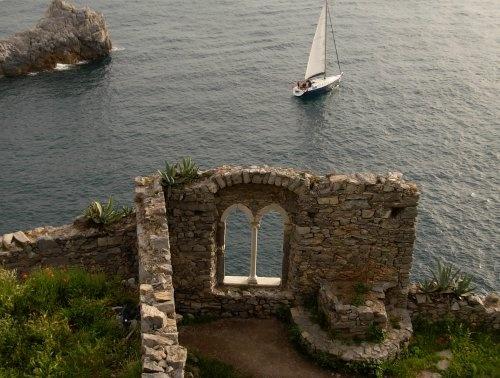 veleggiando verso le 5 terre....