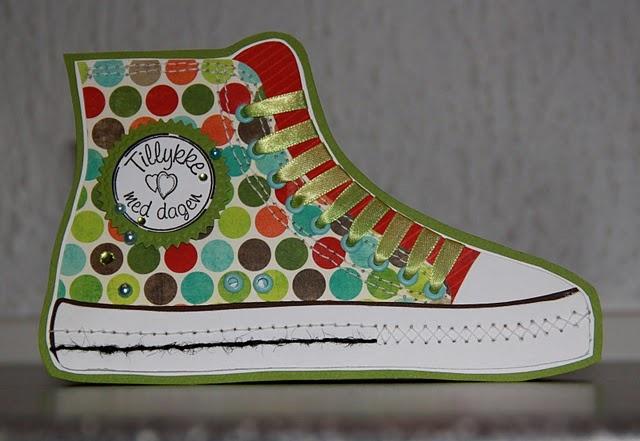 Converse-shoe-card