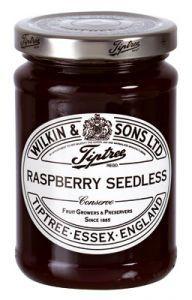 Confettura di lamponi senza semi di Tiptree - Wilkin & Sons. Frutta utilizzata: 70g per 100g.