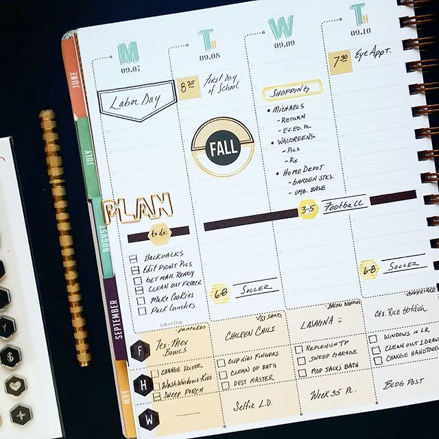 Classic Inkwell Press Planner and @StudioL2E Stamps are the perfect marriage!