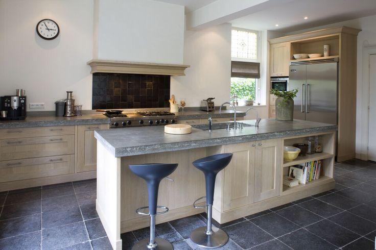 17 beste afbeeldingen over future kitchen op pinterest beton toonbank lades en witte keukens - Redo keuken houten ...