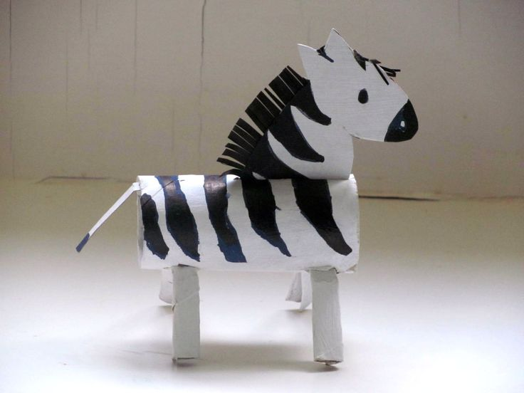DIY toilet paper roll Zebra craft