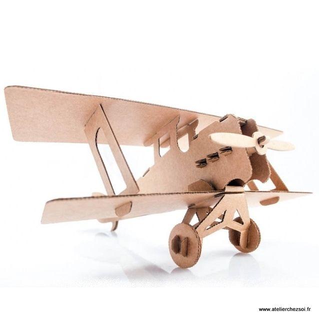 Avion en carton Bi-plan à construire Leolandia - Maquette en Carton de l'Atelier Chez Soi.