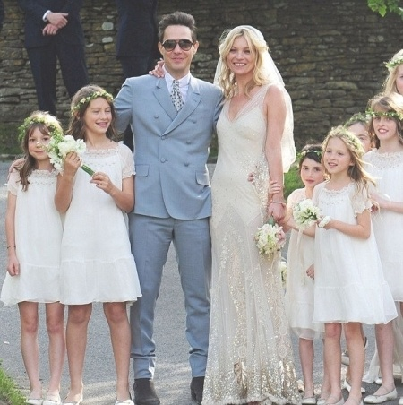 Kate Moss Celeb Wedding Dresses The Supermodel And Style Icon Got Hitched To Jamie Hince In This Beautiful Vintage Inspired Dress By Her Good Friend
