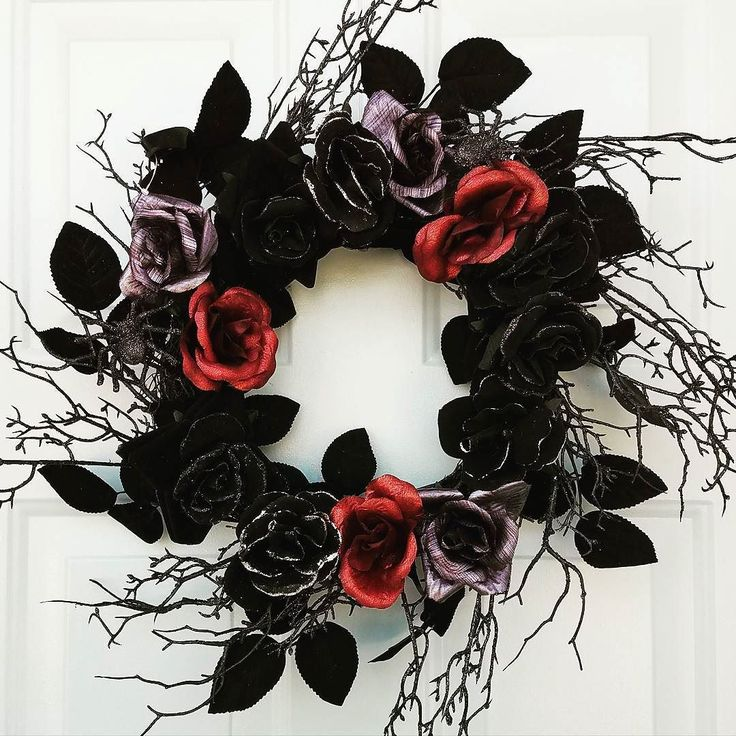 Goth Valentine's Day wreath
