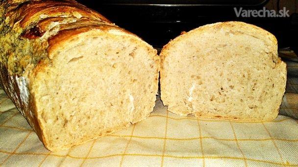 Jednoduchý nemiesený špaldový chlieb (fotorecept)