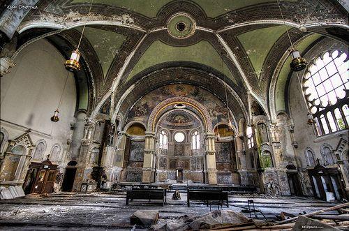 Beautifully Abandoned by Kamil Dziedzina Photos, via Flickr
