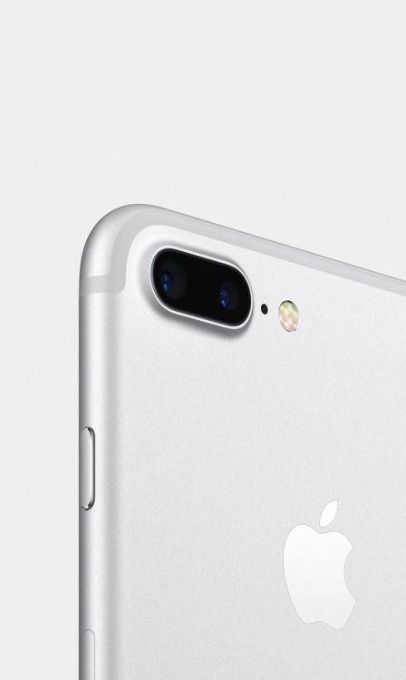 Apple / iPhone 7 Plus / Silver / Phone / 2016