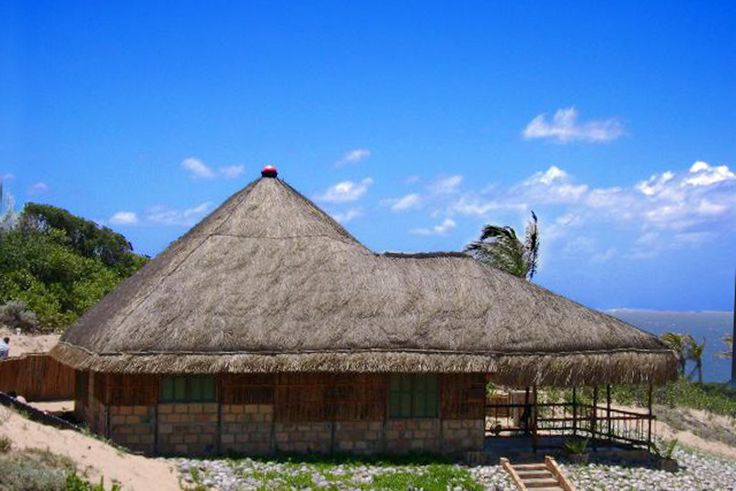 Vista Bonita Self Catering Holiday Accommodation in Guinjata Bay - Mozambique See more on https://www.wheretostay.co.za/vistabonita-self-catering-cottage-accommodation-guinjata-bay-mozambique  Vista Bonita offers exclusive self catering accommodation for those seeking a more private and relaxing stay. All of our units have beautiful sea views, private facilities and come fully equipped with all that is necessary to make your stay as easy as possible.