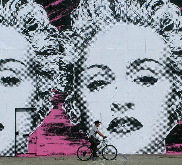 Grafitti izimleri pinterest 39 te paul cadden izimler ve for Mural by mr brainwash