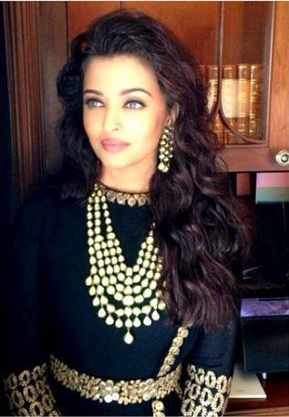 "#AishwaryaRai to make a comeback in #Bollywood with Karan Johar's ""Ae Dil Hai Mushkil"" :)"