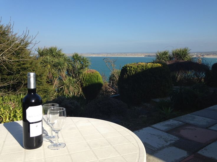 Fancy enjoying a glass of wine with a view? You can at The Studio holiday apartment!