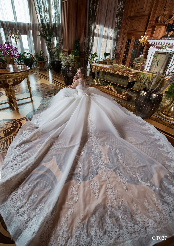 027 Gorgeous Handmade Ball Gown Wedding Dress Decorated by Hands with Stunning Details and Beautiful Long Train, Straps, Buttons and Lace on the Back