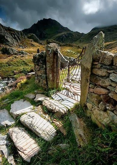 Gateway, Snowdonia, North Wales, such a gorgeous scene and a fresh environment