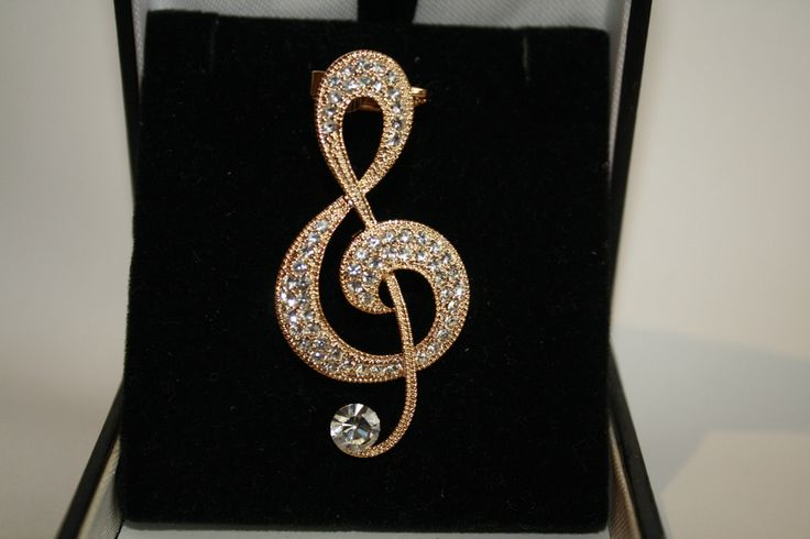 16K Genuine Gold Plated G-Clef w/Crystals Ear Cuff 40% off orders over $50.  Free shipping and handling orders of $25 or more.  #Christmas #Present  www.ceesquared.ca