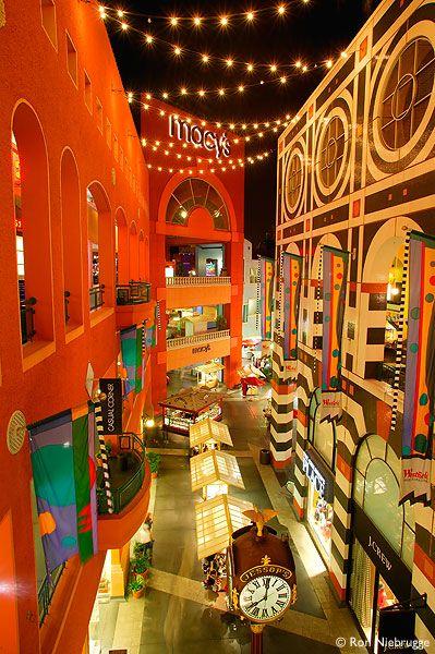 I love this place - Horton Plaza, San Diego, California