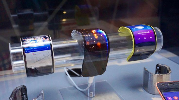 Futurismo do dia: smartphone dobrável Lenovo CPlus http://www.ztop.com.br/futurismo-do-dia-smartphone-dobravel-lenovo-cplus/