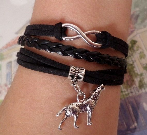 Infinity Bracelet Wolf bracelet Antique Silver by SummerWishes