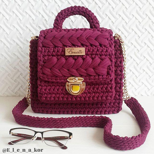 Sumochka Wow V Korolevskoj Cvete Marsala Vypolnena Na Zakaz Elenakor Wow Crochet Handbags Crochet Bag Knitted Bags