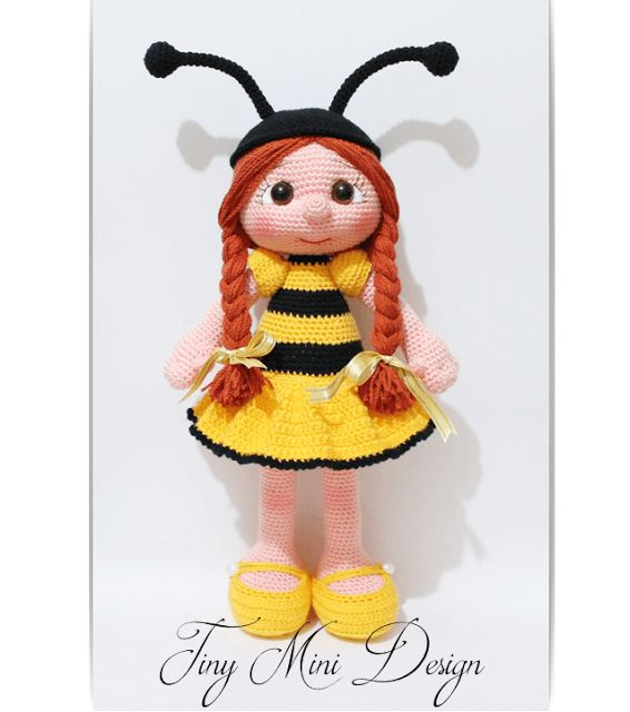 Amigurumi Bee Girl | Tiny Mini Design Patterns