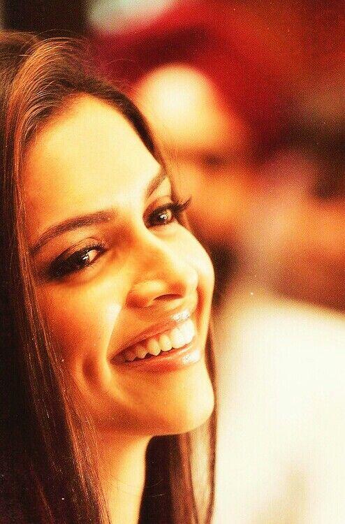 Obsessed with Deepika Padukone's beautiful smile