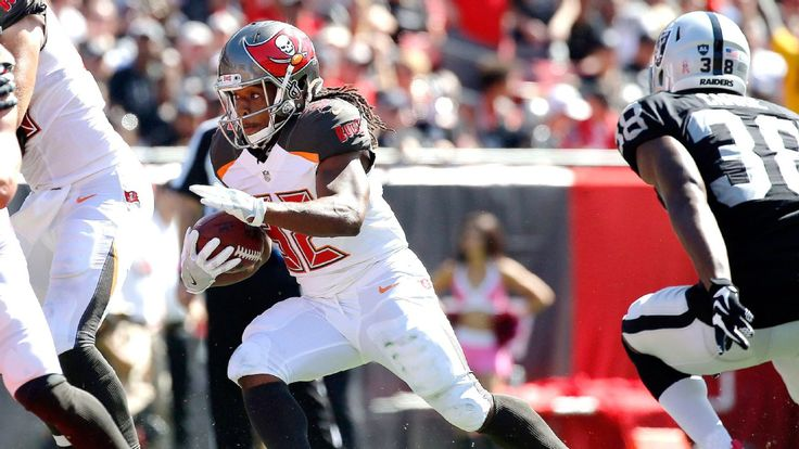 Bucs RB Jacquizz Rodgers has sprained foot