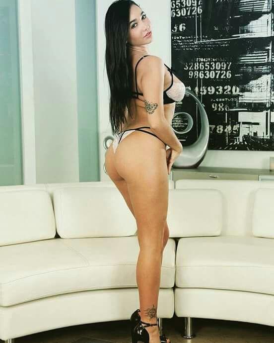 karlee grey bikini